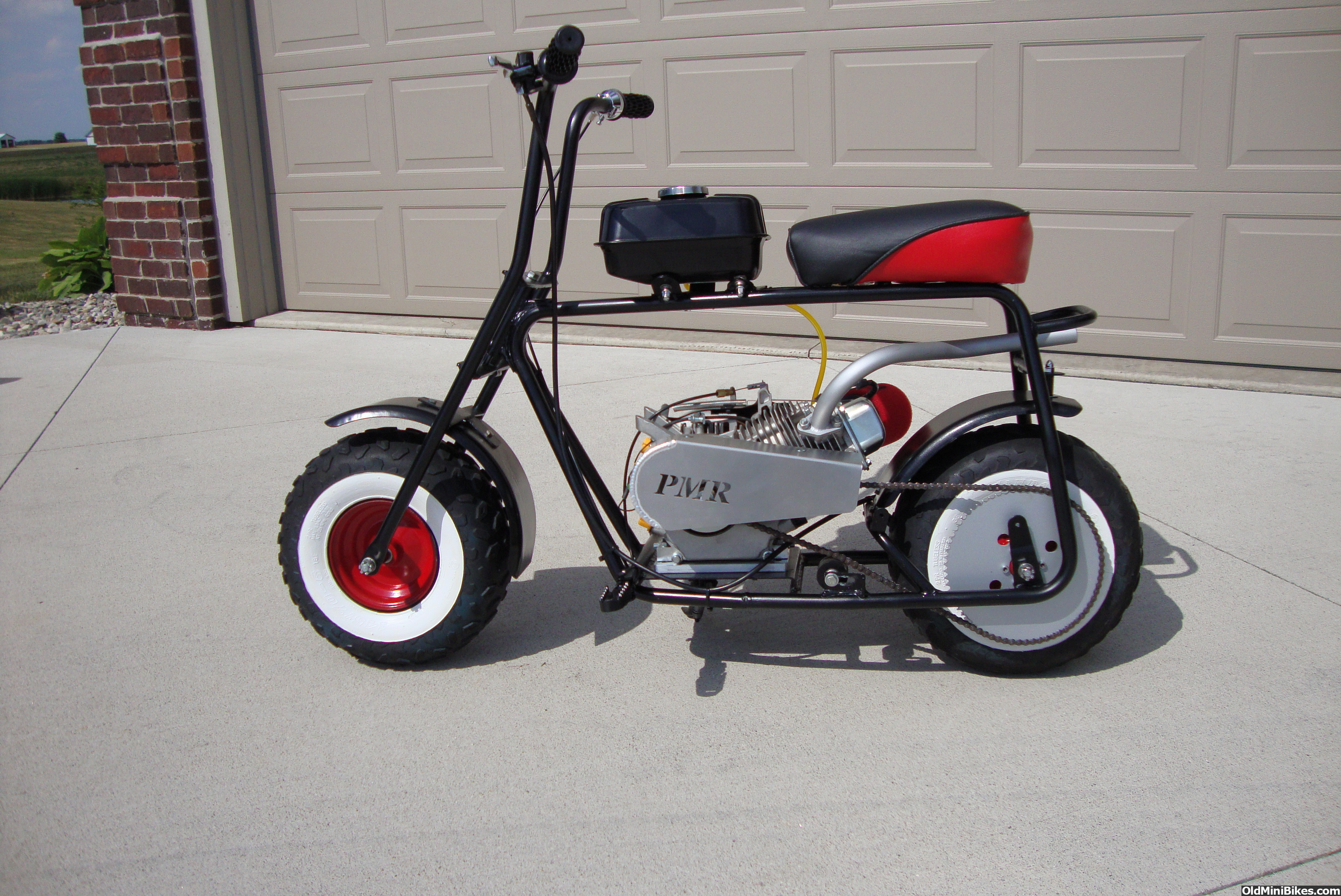 1000 images about old school mini bike on pinterest minibike mini bike and scooters. Black Bedroom Furniture Sets. Home Design Ideas