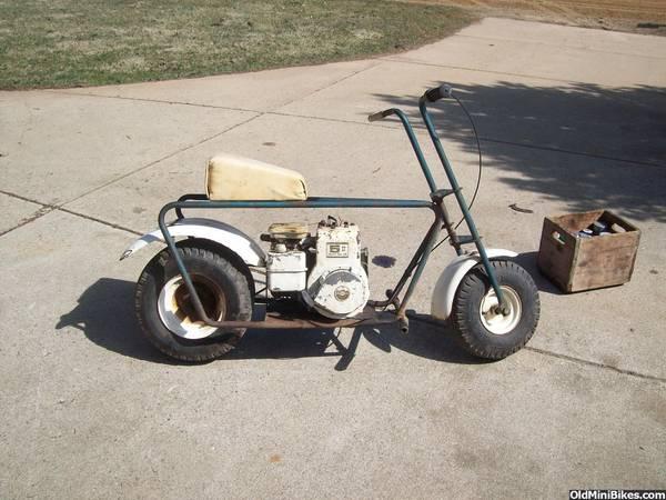 Mini Bike Junkyard : Not total junk boonie bike